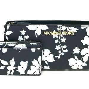 MICHAEL KORS Jet Set Travel Bi-Fold Card Case Blue